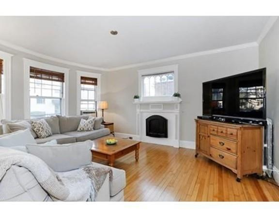 20 Leicester St #2, Boston, MA 02135 (MLS #72352111) :: Commonwealth Standard Realty Co.