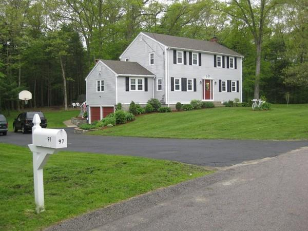 97 Indian Trail, Hanson, MA 02341 (MLS #72352142) :: Commonwealth Standard Realty Co.