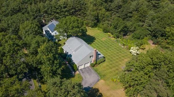 83 Tewksbury Street, Andover, MA 01810 (MLS #72353684) :: ALANTE Real Estate