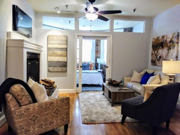 869 Beacon #1, Boston, MA 02215 (MLS #72354114) :: Westcott Properties