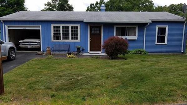 74 Lisa Lane, Lowell, MA 01854 (MLS #72354159) :: ALANTE Real Estate