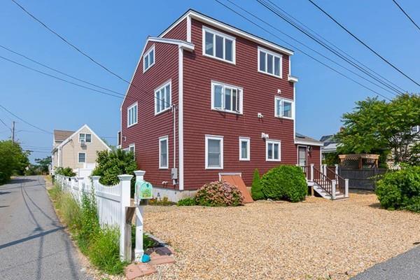 14 64Th St, Newburyport, MA 01950 (MLS #72356578) :: Westcott Properties