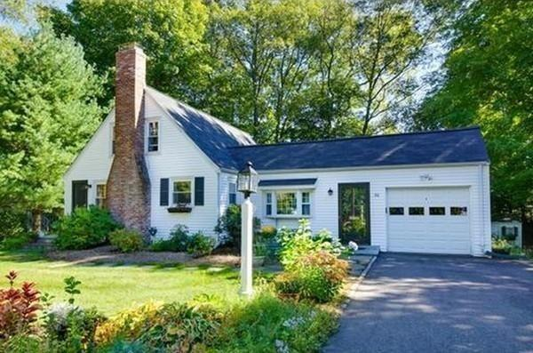 311 Linden Street, Wellesley, MA 02481 (MLS #72356713) :: The Gillach Group