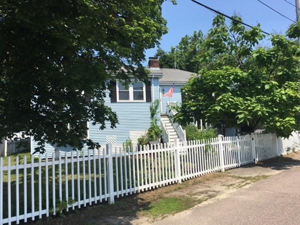 39 Sumner St, Hull, MA 02045 (MLS #72357606) :: ALANTE Real Estate