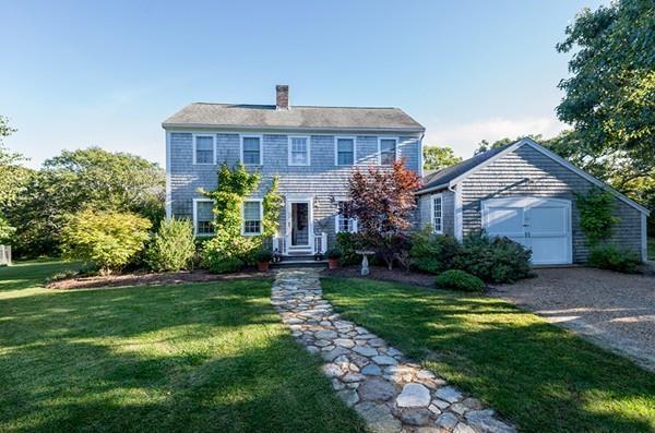 20 Jason Drive, Edgartown, MA 02539 (MLS #72358645) :: Local Property Shop
