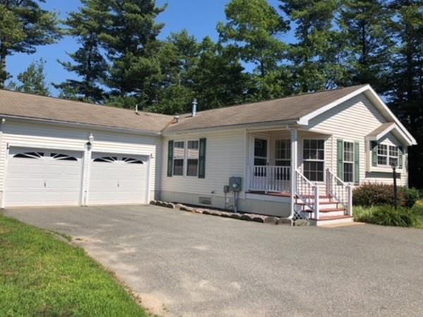 7012 Oak Point Dr, Middleboro, MA 02346 (MLS #72359673) :: ALANTE Real Estate