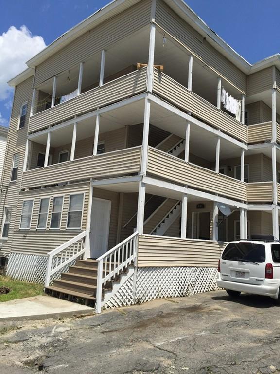 105 Clarendon St, Fitchburg, MA 01420 (MLS #72361902) :: The Home Negotiators