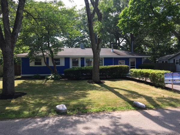 26 Ellen Rd, Brockton, MA 02302 (MLS #72362176) :: Westcott Properties