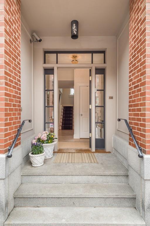 450A Shawmut Avenue #1, Boston, MA 02118 (MLS #72362565) :: Goodrich Residential