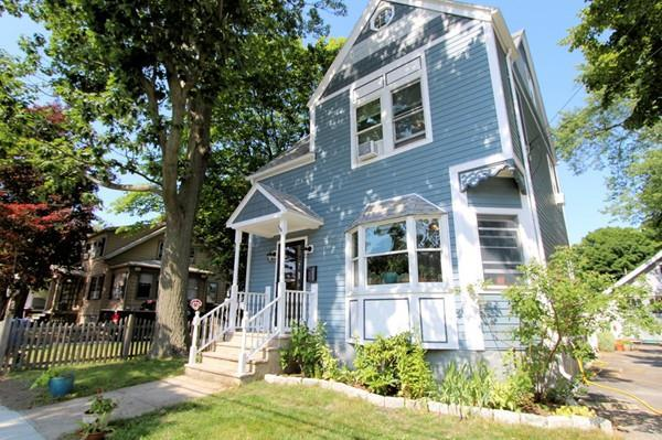 25 Greenwood Ave, Wakefield, MA 01880 (MLS #72363031) :: Westcott Properties