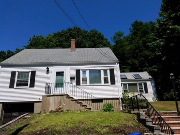 10 Lakeview Ter., Woburn, MA 01801 (MLS #72364564) :: Exit Realty