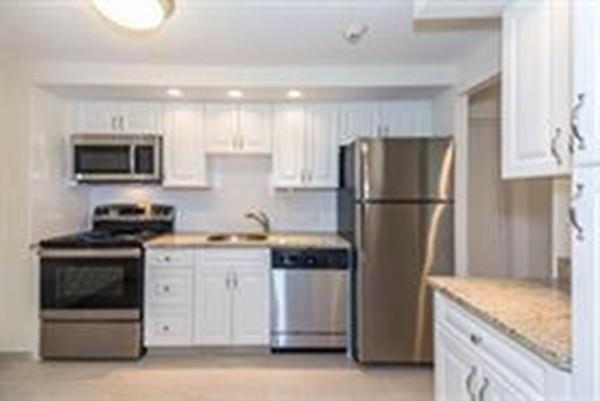 2 Ocean Ave #400, Revere, MA 02151 (MLS #72366385) :: ALANTE Real Estate