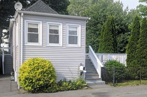 43 Shawmut St, Revere, MA 02151 (MLS #72366497) :: Welchman Real Estate Group | Keller Williams Luxury International Division