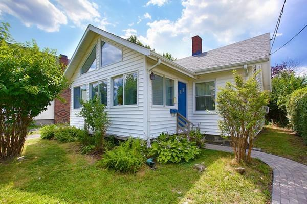 160 E Elm Ave, Quincy, MA 02170 (MLS #72367027) :: Local Property Shop