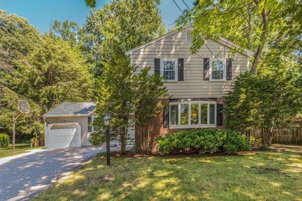 67 Maple Ridge Rd., Reading, MA 01867 (MLS #72367865) :: Cobblestone Realty LLC