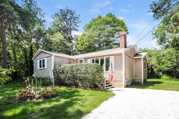 93 Blueberry Lane, Barnstable, MA 02648 (MLS #72367995) :: Lauren Holleran & Team