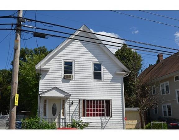 102 Newton St, Lawrence, MA 01843 (MLS #72373678) :: Westcott Properties