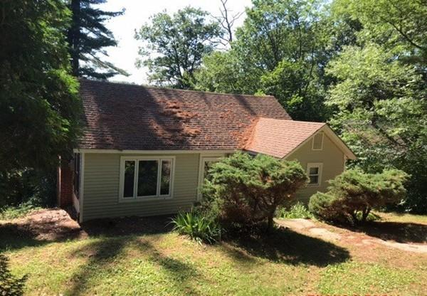 29 Lakeshore Dr, Spencer, MA 01562 (MLS #72374930) :: Hergenrother Realty Group