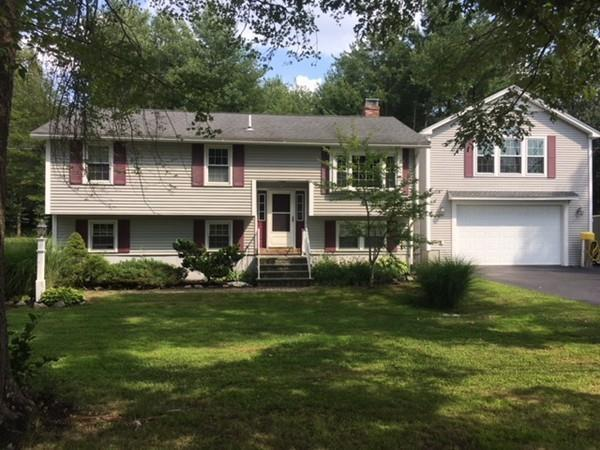 8 Bartlett St, Salisbury, MA 01952 (MLS #72375658) :: Commonwealth Standard Realty Co.