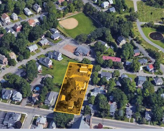 437 High Street, Dedham, MA 02026 (MLS #72375857) :: The Muncey Group