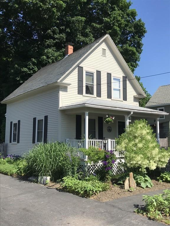 40 Jefferson St, Haverhill, MA 01830 (MLS #72378021) :: Apple Country Team of Keller Williams Realty