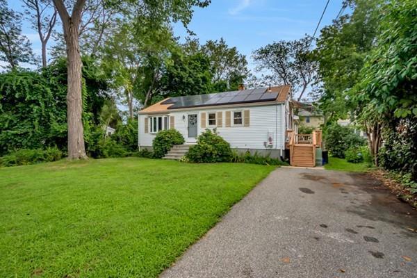 7 Anna Rd, Woburn, MA 01801 (MLS #72379919) :: EdVantage Home Group