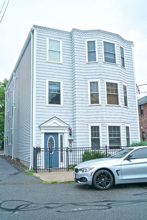 112 Washington St #1, Medford, MA 02155 (MLS #72380551) :: EdVantage Home Group