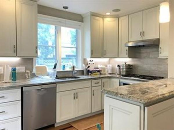97 Kinnaird #1, Cambridge, MA 02139 (MLS #72381252) :: Commonwealth Standard Realty Co.