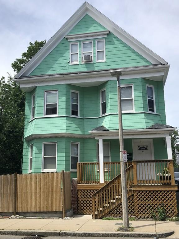 197 Norwell St, Boston, MA 02124 (MLS #72381371) :: Anytime Realty