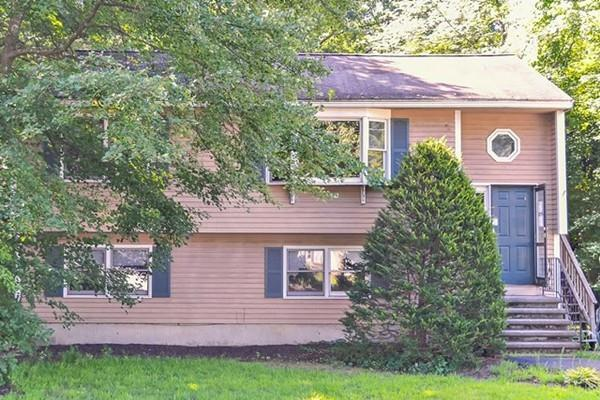 11 Massachusetts Ave, Wilmington, MA 01887 (MLS #72381457) :: ERA Russell Realty Group