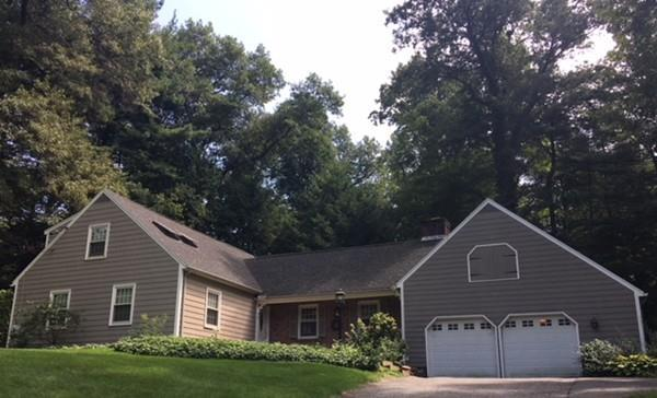 1 Eastwood Drive, Wilbraham, MA 01095 (MLS #72381638) :: Anytime Realty