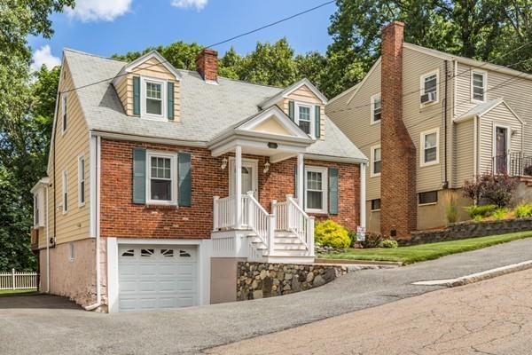 16 Hill Street, Malden, MA 02148 (MLS #72381986) :: EdVantage Home Group