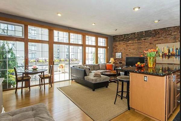 121 Saint Botolph Street #4, Boston, MA 02115 (MLS #72382200) :: Charlesgate Realty Group