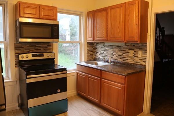 7 Fayette Pl #1, Taunton, MA 02780 (MLS #72382394) :: Vanguard Realty
