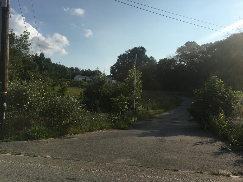 3 Cummings Lane - Photo 1