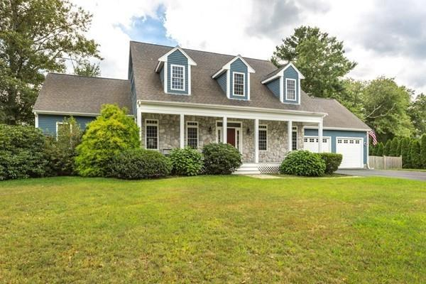 12 Stonefield Court, North Attleboro, MA 02760 (MLS #72393009) :: Vanguard Realty