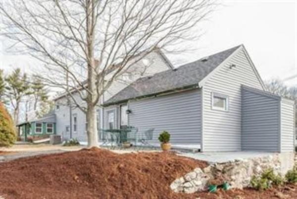 1752 Washington St, Canton, MA 02021 (MLS #72394273) :: Trust Realty One