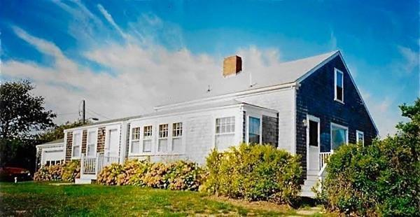 77 Sparks Avenue, Nantucket, MA 02554 (MLS #72394288) :: Local Property Shop