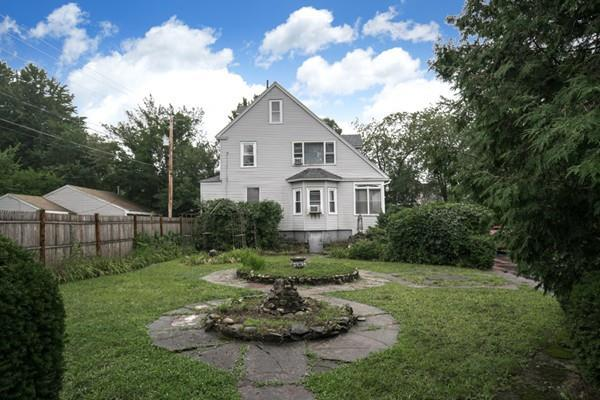 8 The Clearing St, Lunenburg, MA 01462 (MLS #72394296) :: The Home Negotiators