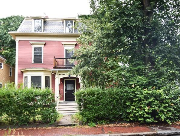 23 Irving Street, Cambridge, MA 02138 (MLS #72394481) :: The Gillach Group