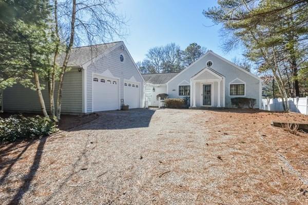 7 Walton Knob, Mashpee, MA 02649 (MLS #72396249) :: Compass Massachusetts LLC