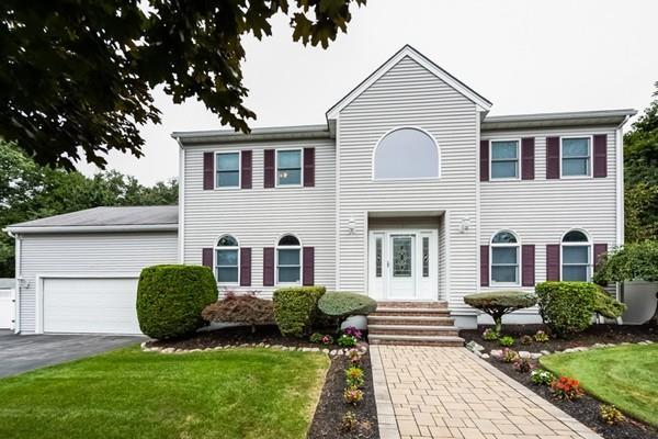 7 Moore Circle, Beverly, MA 01915 (MLS #72397023) :: Exit Realty