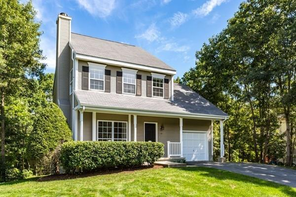 13 Farrington St, Foxboro, MA 02035 (MLS #72397163) :: ALANTE Real Estate