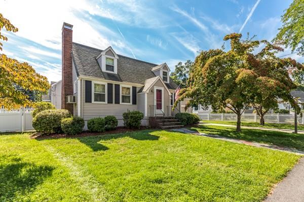2 Avalon Road, Stoneham, MA 02180 (MLS #72397200) :: Compass Massachusetts LLC
