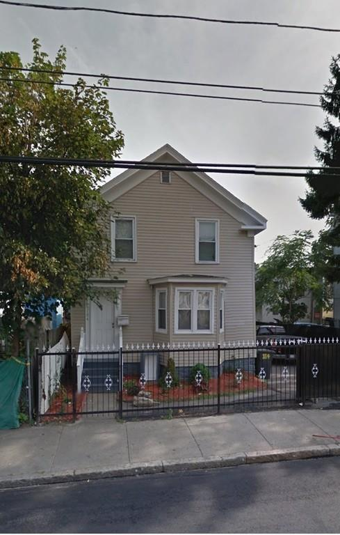 184 Park St, Lawrence, MA 01841 (MLS #72397422) :: Exit Realty