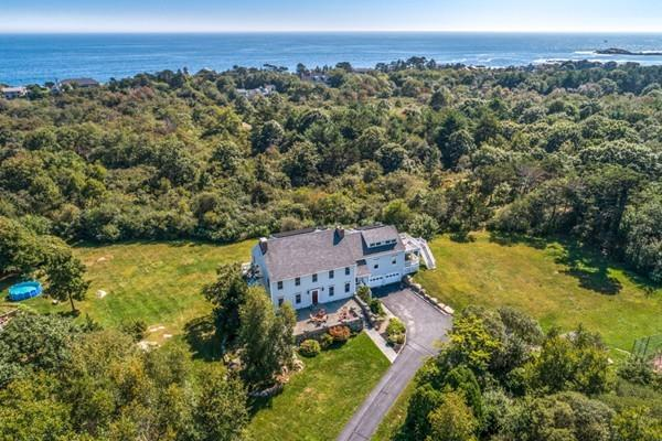 57 Grapevine Road, Gloucester, MA 01930 (MLS #72398049) :: ALANTE Real Estate