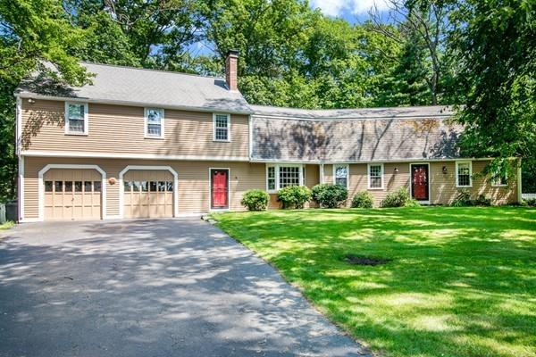 8 Newton Street, Northborough, MA 01532 (MLS #72399138) :: Westcott Properties