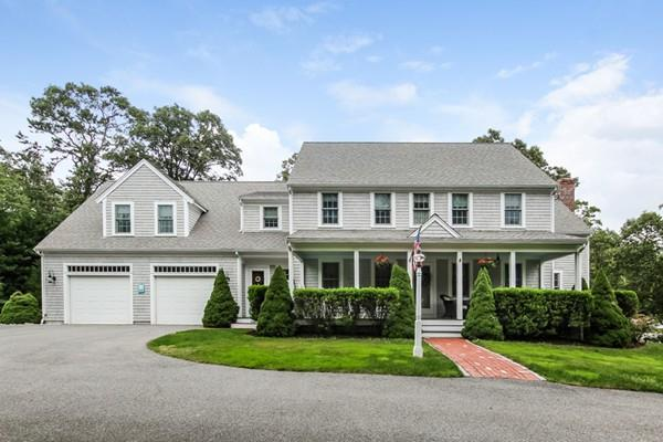 15 Lakeview Dr, Barnstable, MA 02632 (MLS #72399219) :: Vanguard Realty