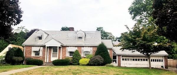 319 Meadow St, Agawam, MA 01001 (MLS #72399871) :: NRG Real Estate Services, Inc.