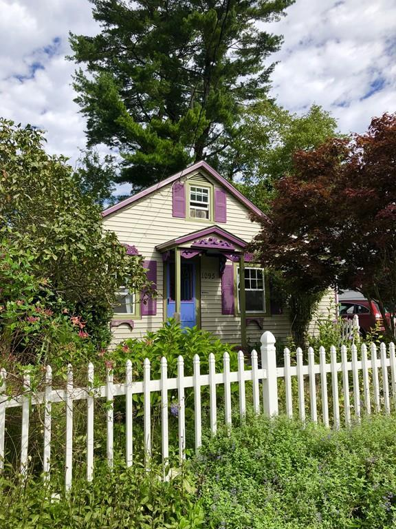 1095 Pequot St., New Bedford, MA 02745 (MLS #72399896) :: ERA Russell Realty Group